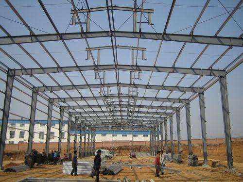 钢结构屋面彩钢板的日常清洗方法